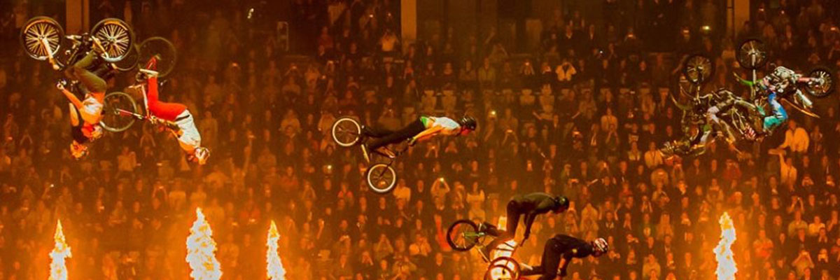 /global/images/backgrounds/games/yggdrasil/nitro-circus_background_1200x400.jpg